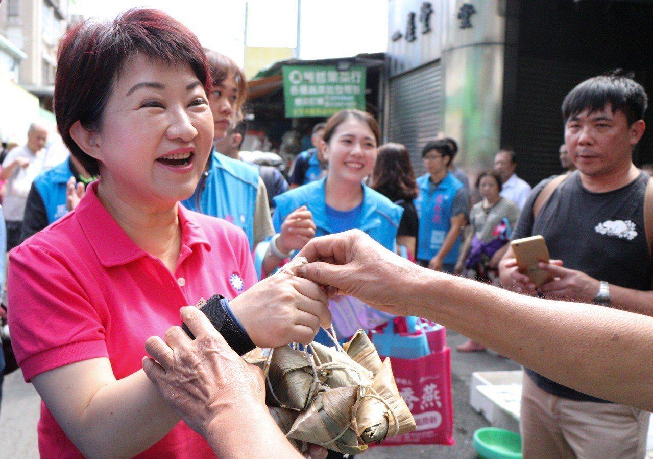 國民黨台中市長參選人盧秀燕勤跑基層固本。 圖/盧秀燕服務處提供