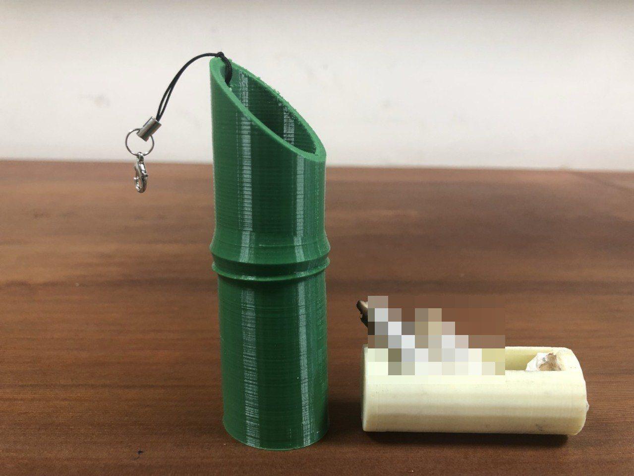 為鼓勵吸菸民眾自備菸蒂盒,活動現場準備了新竹在地特色的竹子造型菸蒂盒供民眾兌換。...