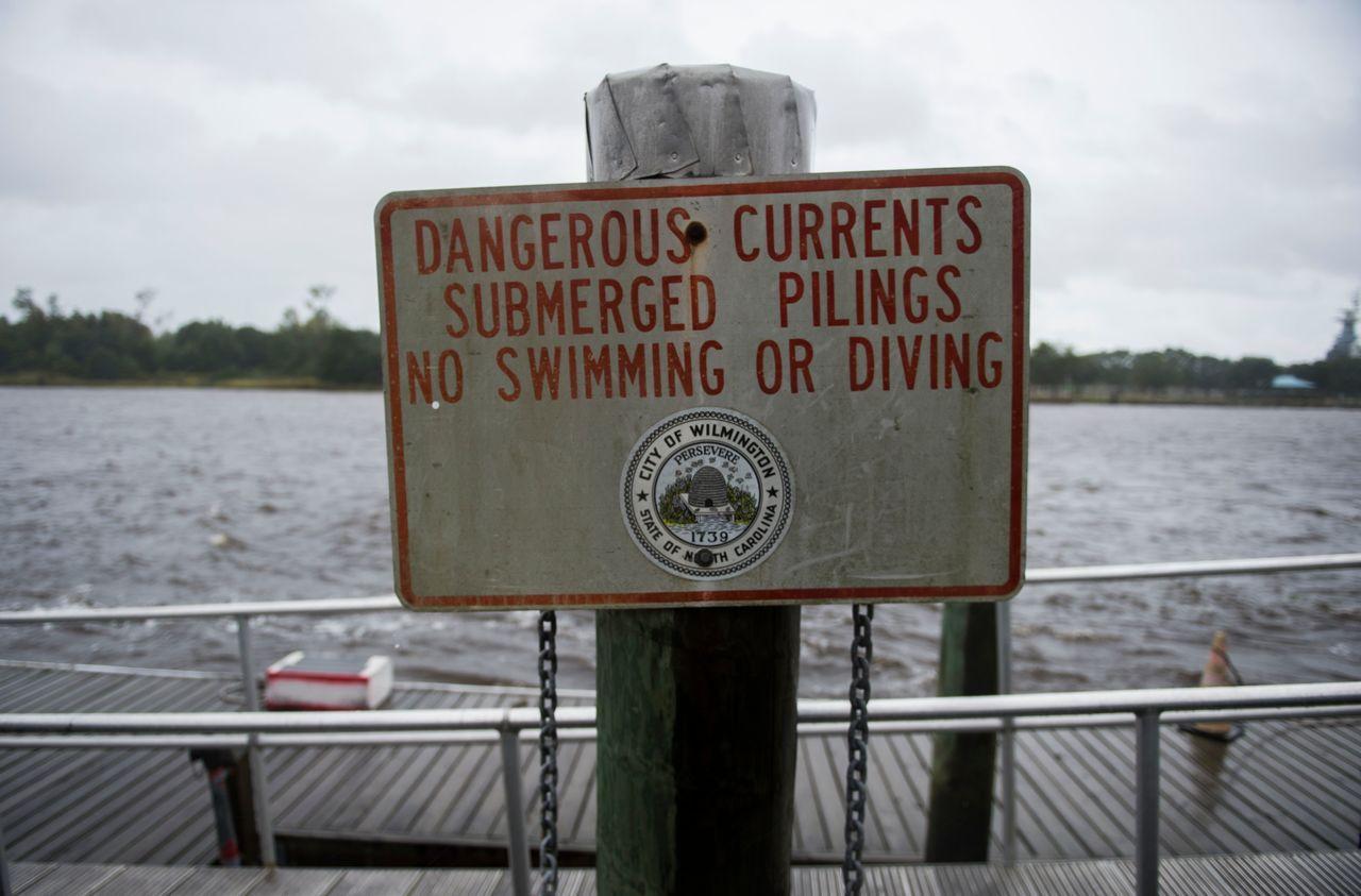 颶風佛羅倫斯的中心預期美東14日在美國東南部海岸登陸,首當其衝的北卡羅來納州與南...
