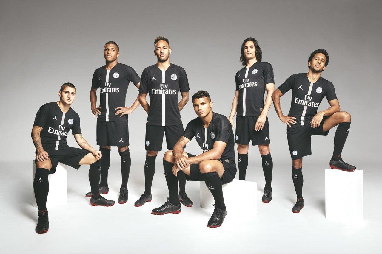 喬丹牌首次贊助足球隊,巴黎聖日耳曼雀屏中選。 截圖自推特