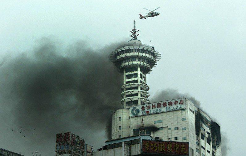 如果你家住____樓 全台最高雲梯車也救不了你!