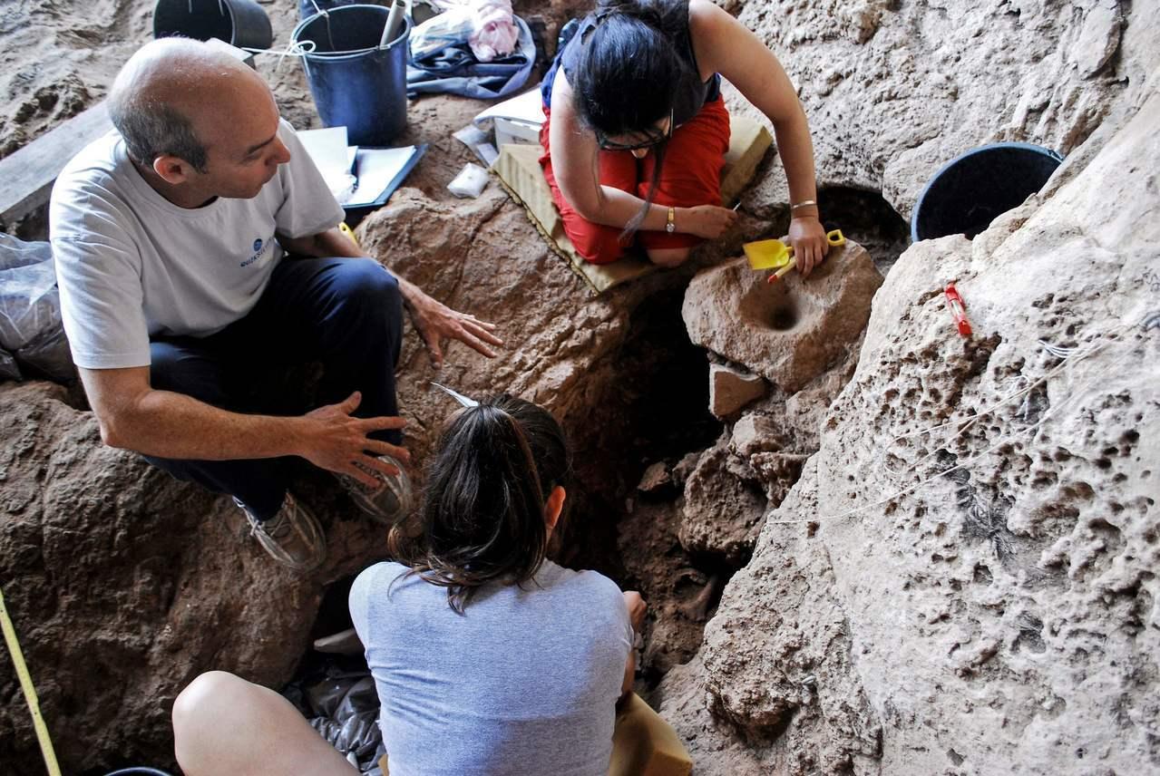 新研究13日指出,考古學家已經找到他們認為是世界上最古老的釀酒遺址,研究還提到,...