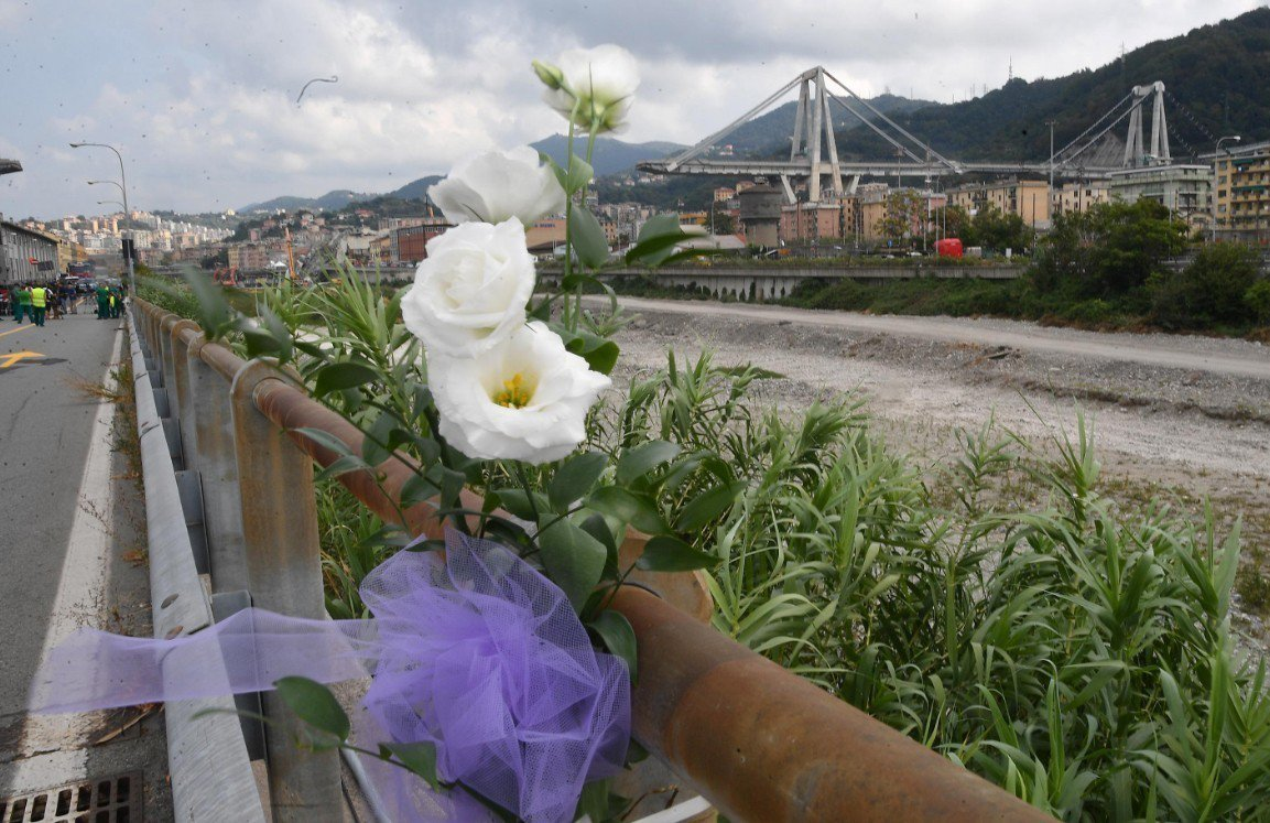 義大利熱那亞(Genoa)的斷橋事件屆滿1個月。 歐新社