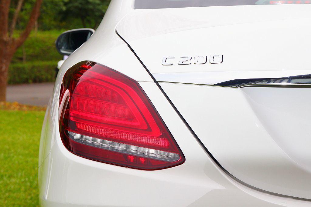 動力變革相當大的賓士C 200車型,轉搭載全新開發的1.5L EQ Boost渦...