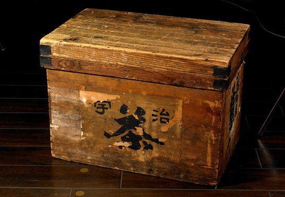 茶櫃。圖/TSUJIRI辻利茶舖提供