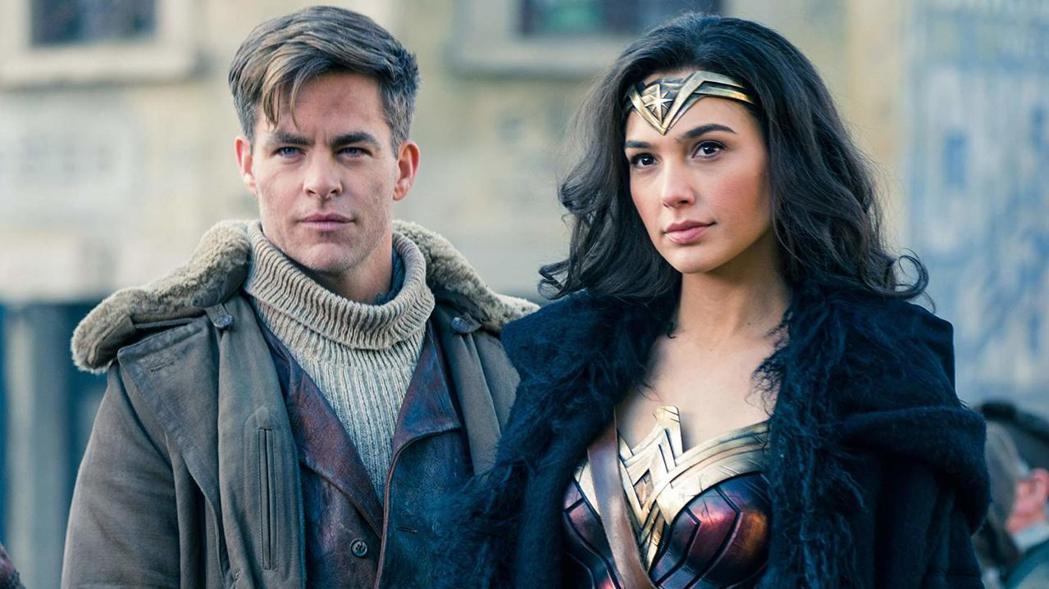 克里斯潘恩與蓋兒加朵在「神力女超人」中的搭配頗受觀眾喜愛。圖/摘自imdb