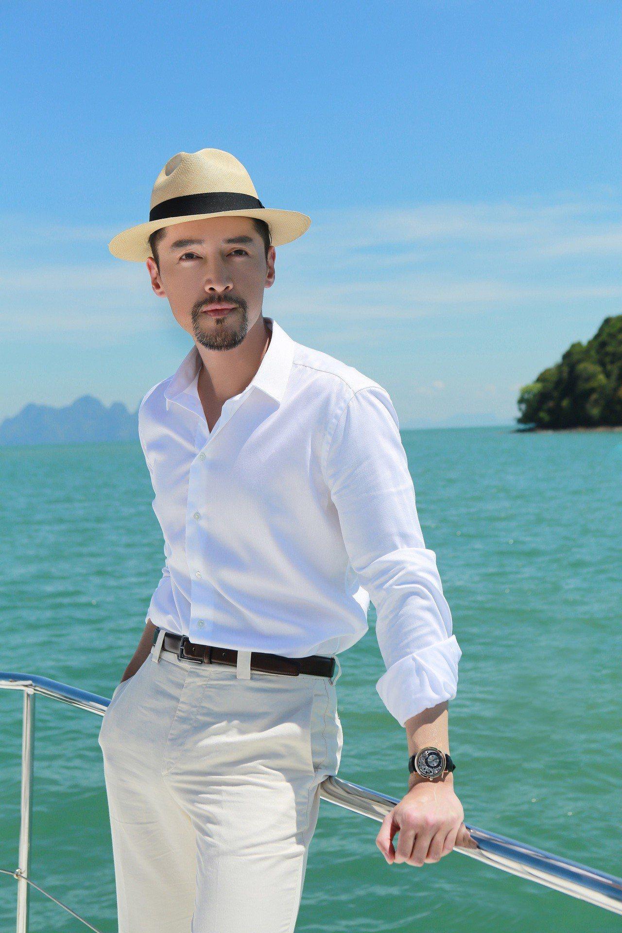 伯爵廣告形象首度啟用華人面孔,由品牌推廣大使胡歌演繹全新Altiplano系列腕...
