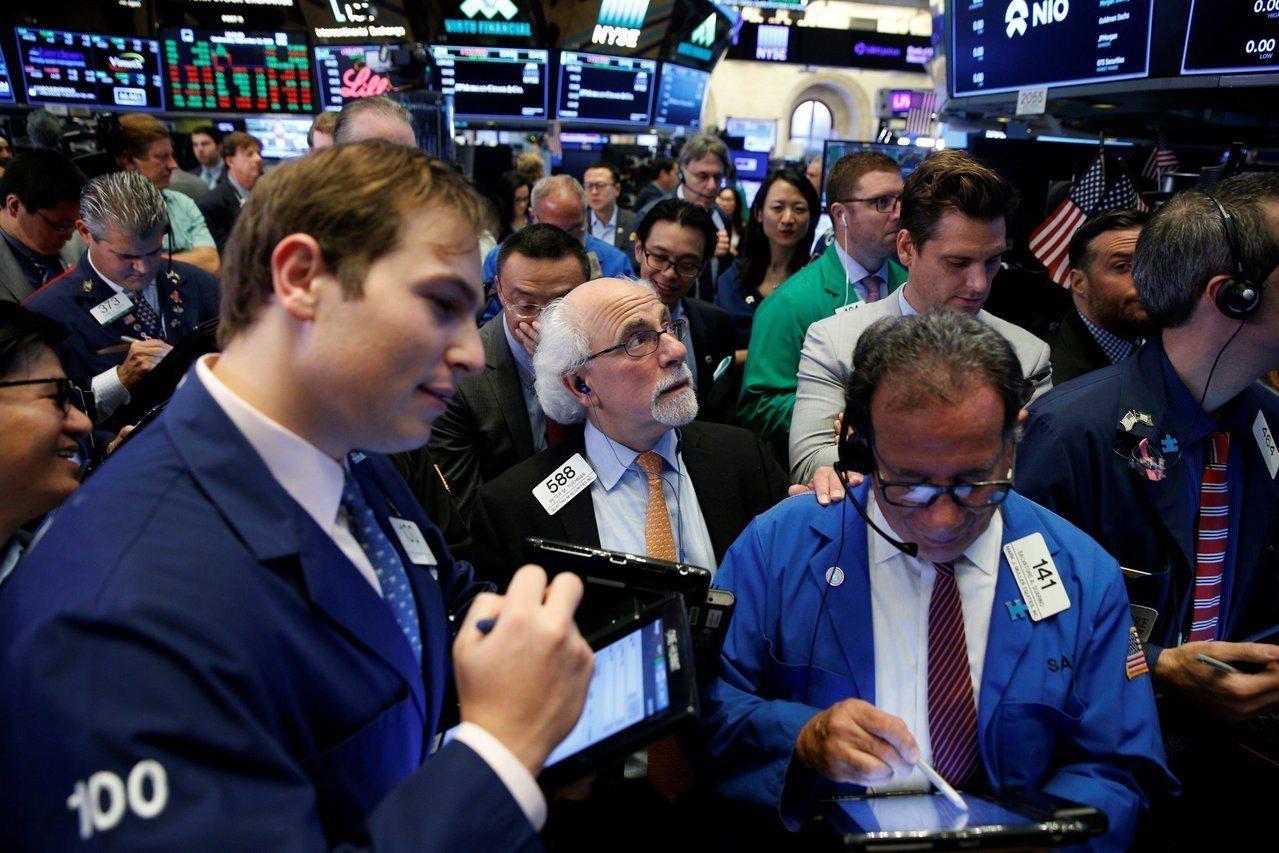 蘋果股價周四上漲,帶動美股走高。 路透