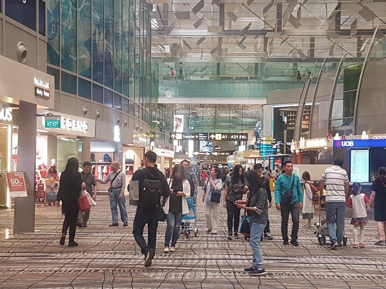 新安東京海上產險提醒,投保旅平險要在出發前完成,不能人到國外旅遊才上網投保。記者...