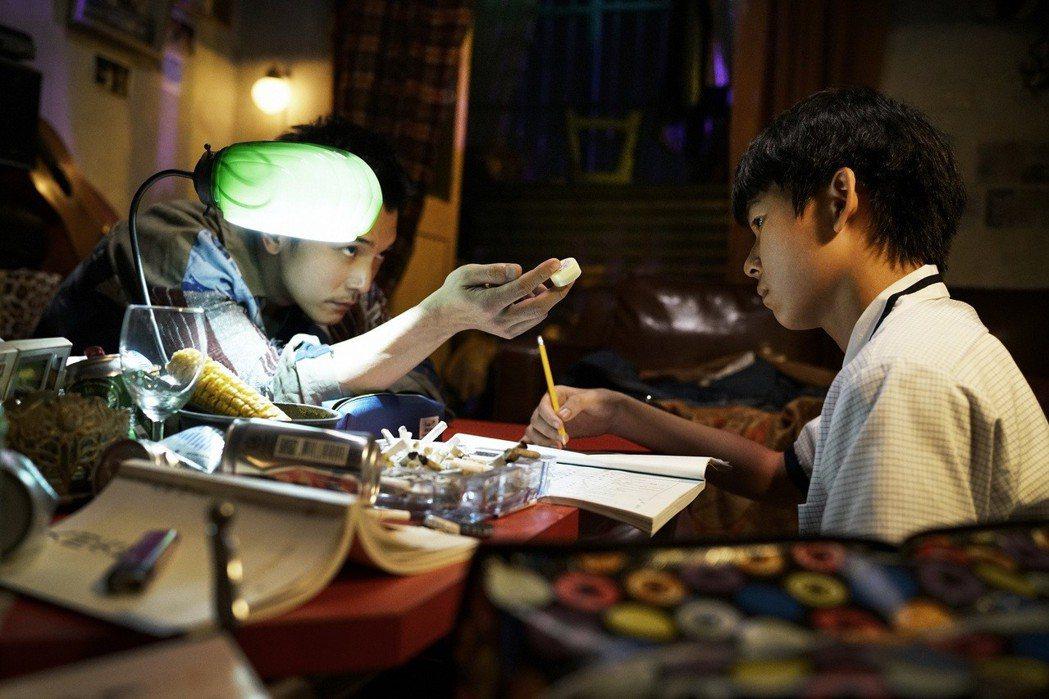 邱澤(左)、黃聖球(右)。圖/親愛的工作室提供