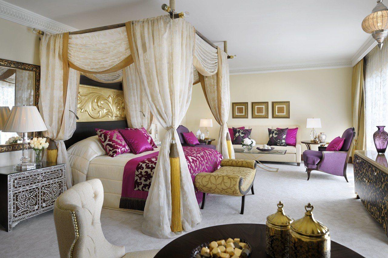 杜拜皇家幻境One&Only唯逸酒店採阿拉伯風格設計。圖/可樂旅遊提供