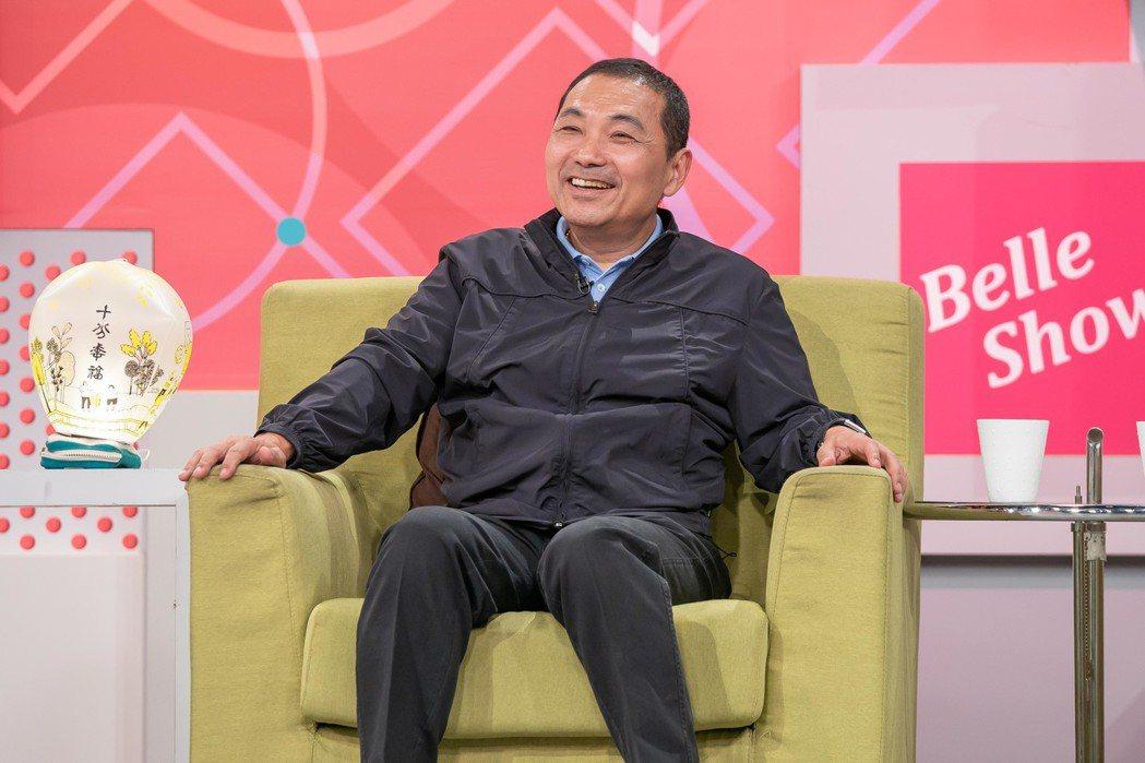 侯友宜開納豆玩笑。圖/TVBS提供