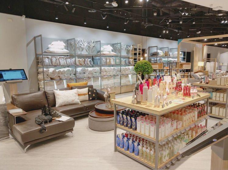 「Taobao x hoi! 淘寶精選店」全台首店進駐微風松高2樓。圖/微風提供