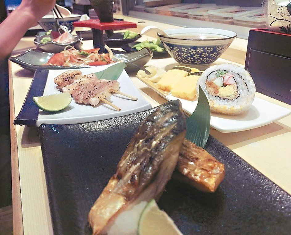 來到大江戶日本料理,可以聰明點餐,是家CP值超高的日式料理店。 記者魏翊庭/攝影