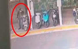 陳男昨(14)遭發文指控在台北市萬華區東園圖書館強拉並尾隨一名國中女生。記者李隆...