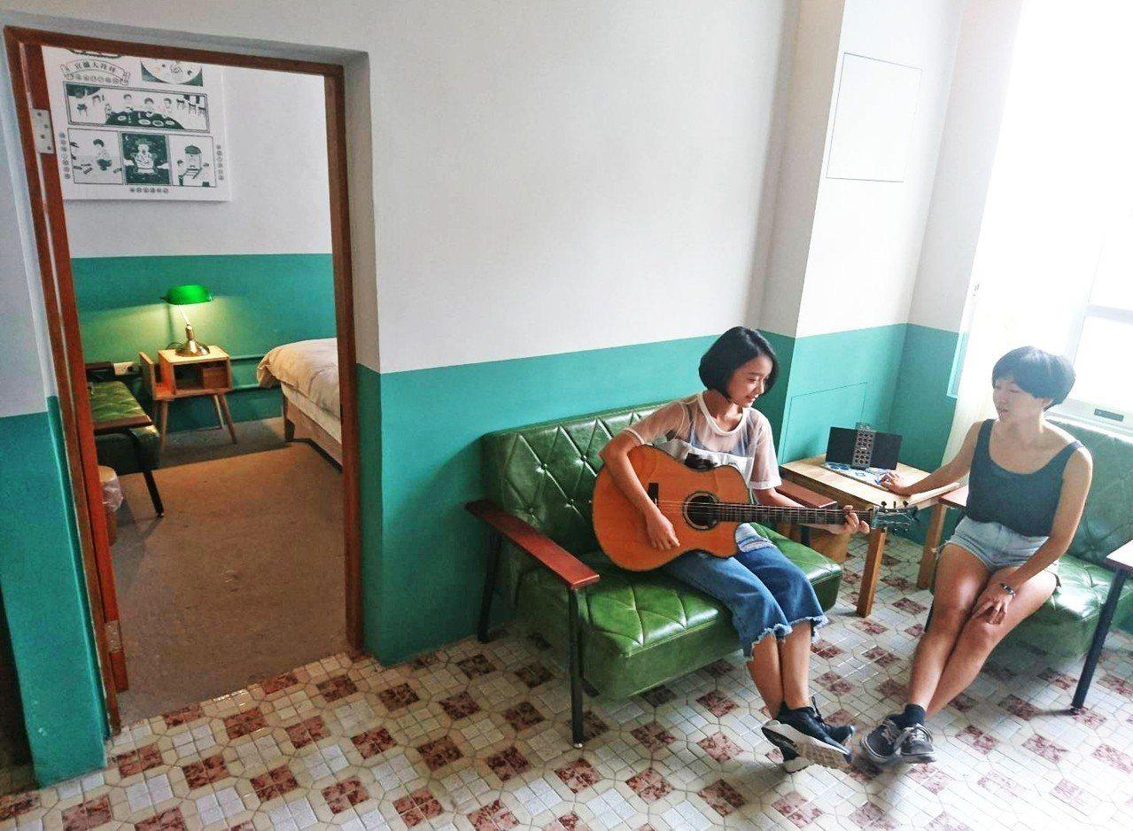 57年歷史的台灣省政府糧食局宜蘭宿舍,變身「神農青舍」,未來也將是保留原始房子樣...