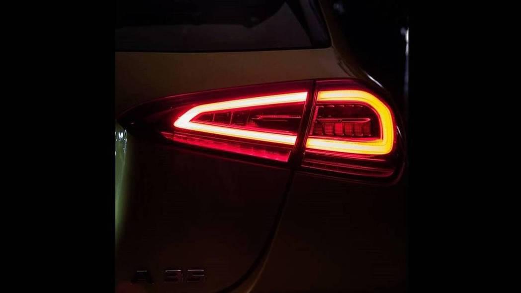 隱藏在尾燈陰影下的A35銘牌,是Mercedes-Benz最入門的AMG。 摘自...