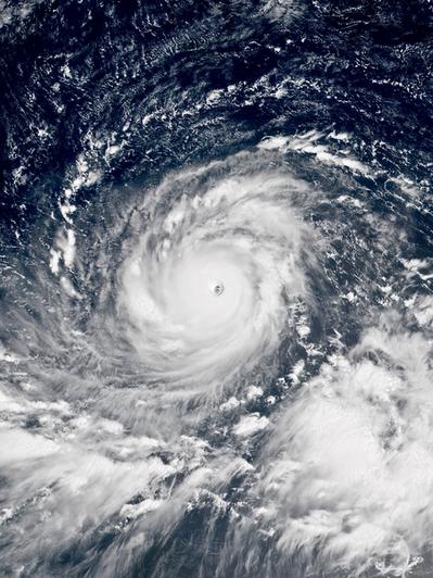 山竹強颱不只影響台灣,更在鄰近各國造成各大災情。(photo by Wikime...