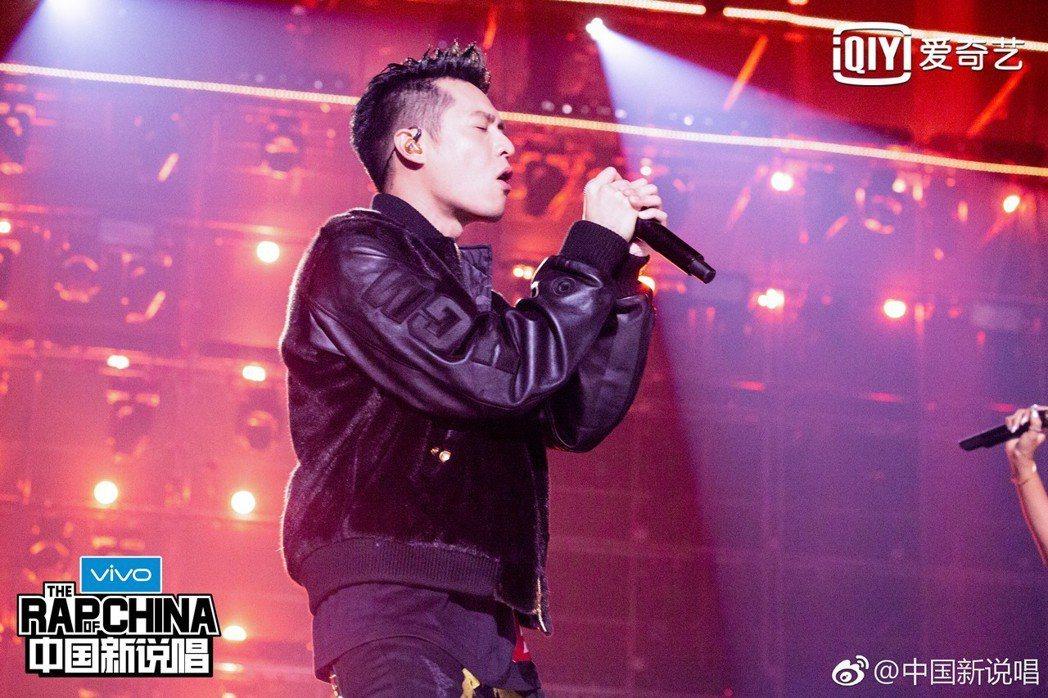 周湯豪在「中國新說唱」遭到淘汰。圖/摘自微博