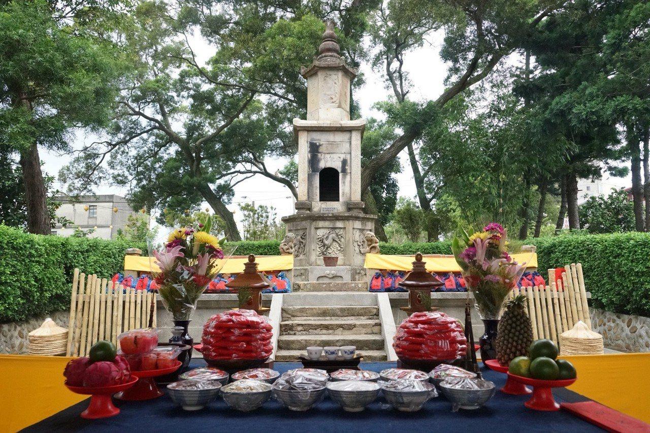 龍潭聖蹟亭世界最大也是保有完整三進院落的聖蹟亭。圖/桃園市客家事務局提供