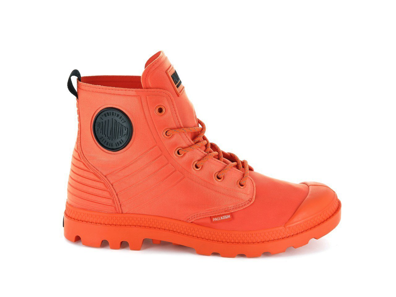PALLADIUM PAMPA Amphibian空軍橘軍靴,2,880元。圖/...