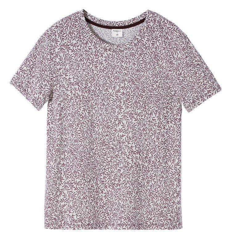 Morris&Co.與H&M聯名系列女裝T恤,399元。圖/H&M提供