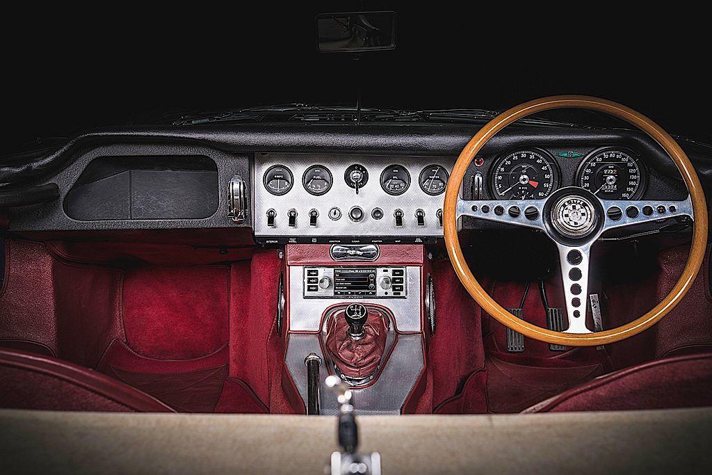 英國Jaguar Land Rover汽車針對問世超過20年的老車,推出現代化多...
