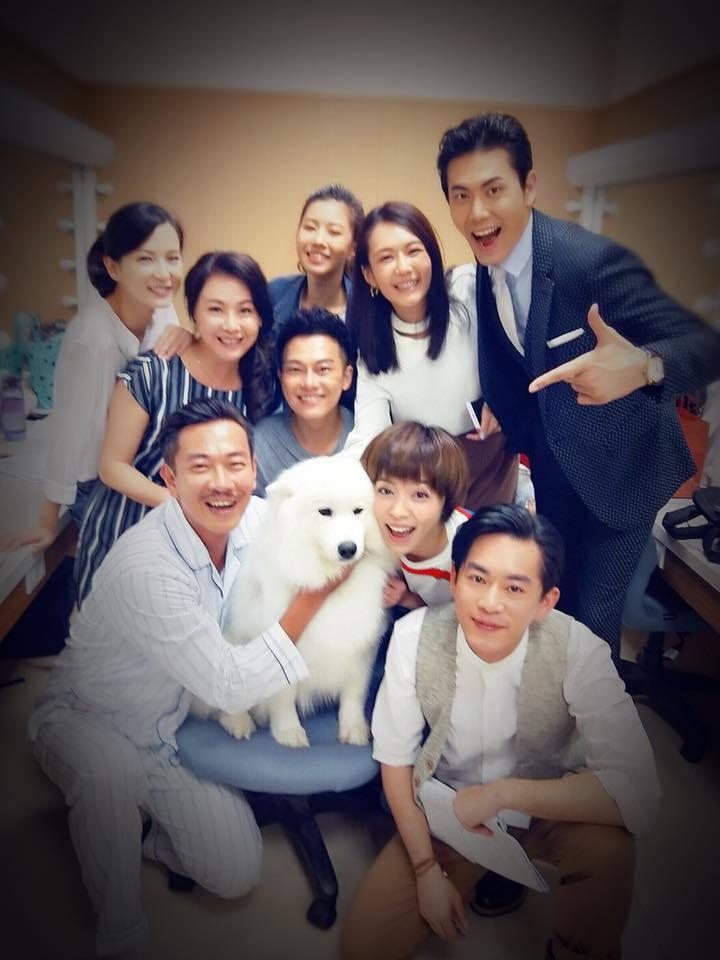 江俊翰日前才和劇組演員拍大合照。圖/摘自臉書