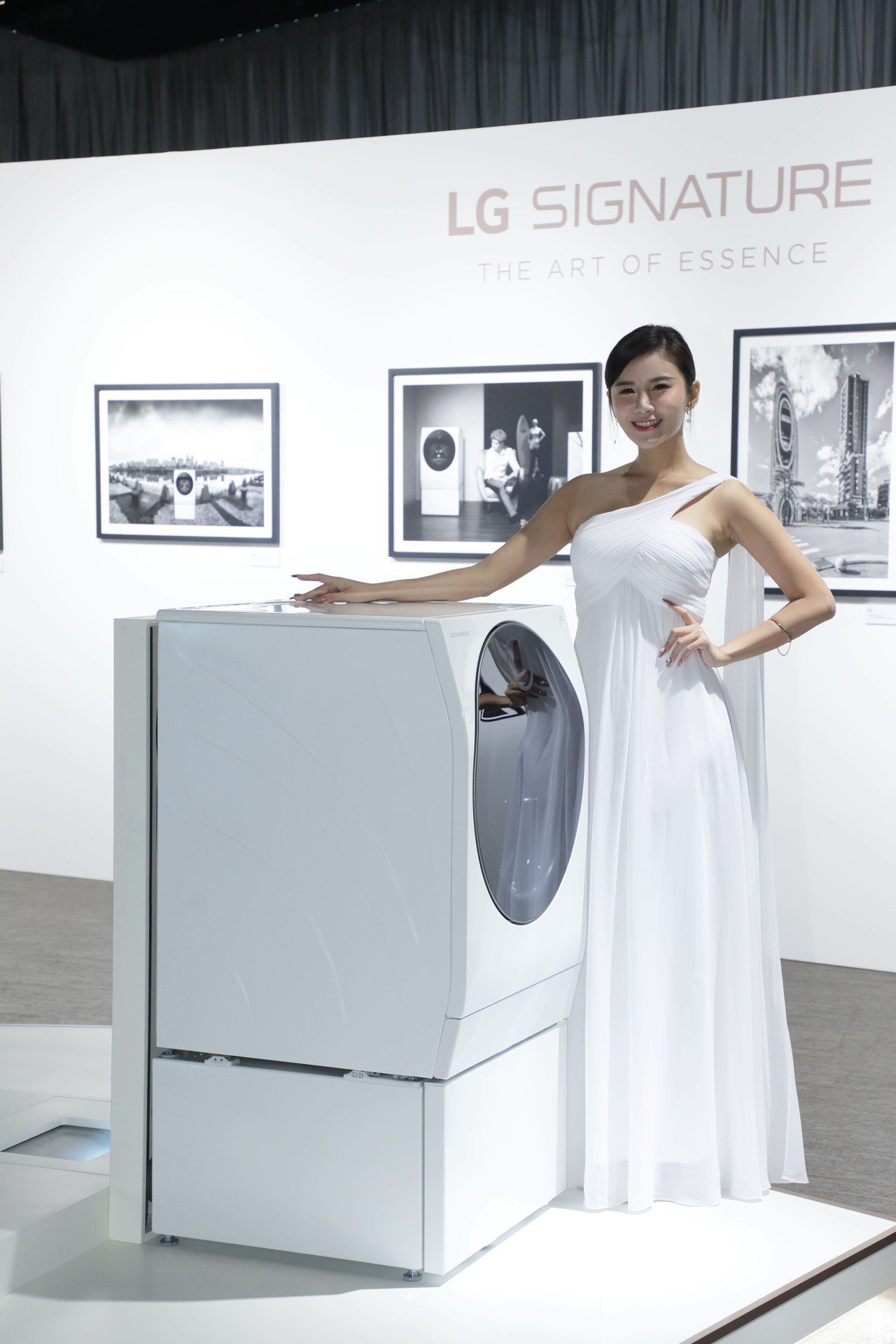 LG SIGNATURE TWINWash雙能洗洗衣機,上置12公斤的滾筒洗脫烘...