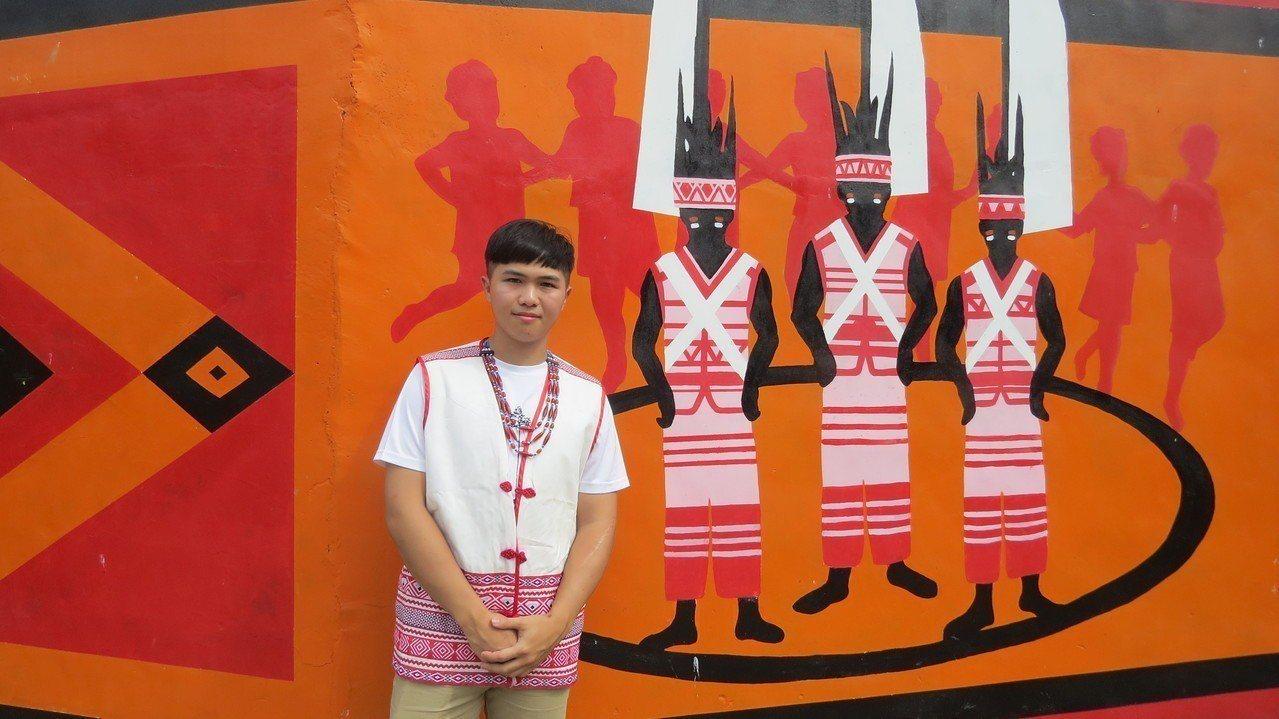 中部平埔族群青年聯盟執行長王商益,母親是後龍鎮道卡斯族人,他串連年輕平埔族人,為...