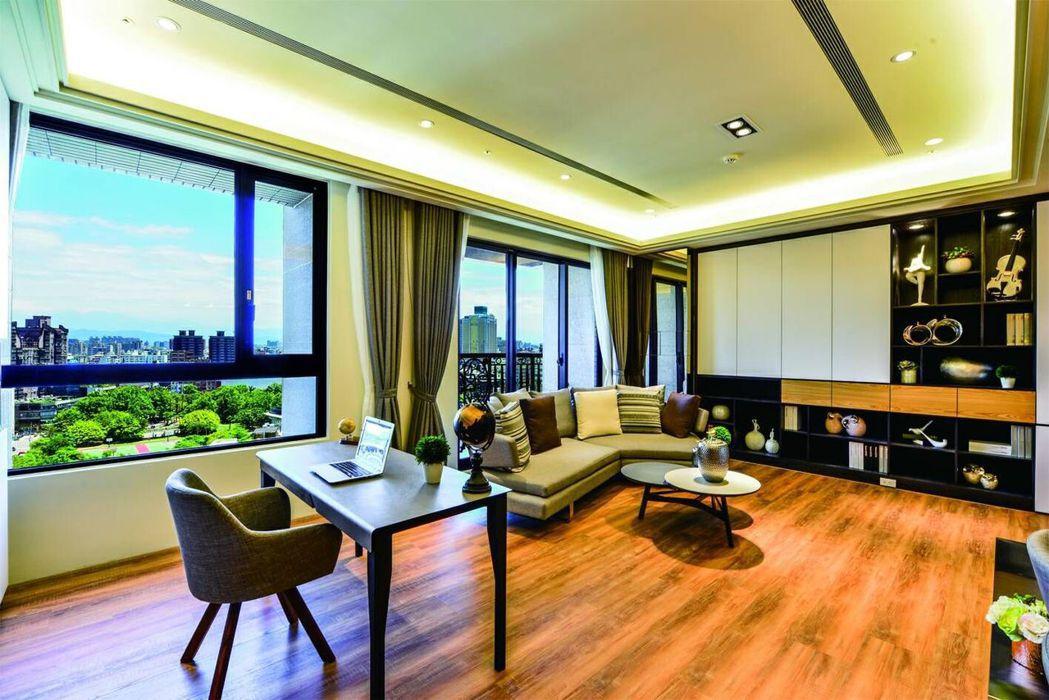 「龍騰富御」實品屋榮獲室內建築-iF世界設計指南評選肯定。 業者/提供