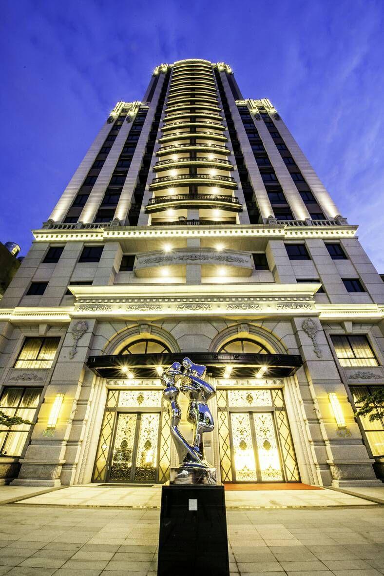 「龍騰富御」特別聘請北市豪宅建築團隊旅美建築師呂文程操刀規劃。 業者/提供
