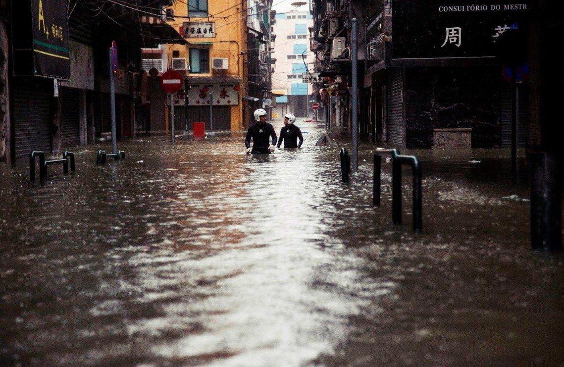16日澳門淹大水。 圖/法新社