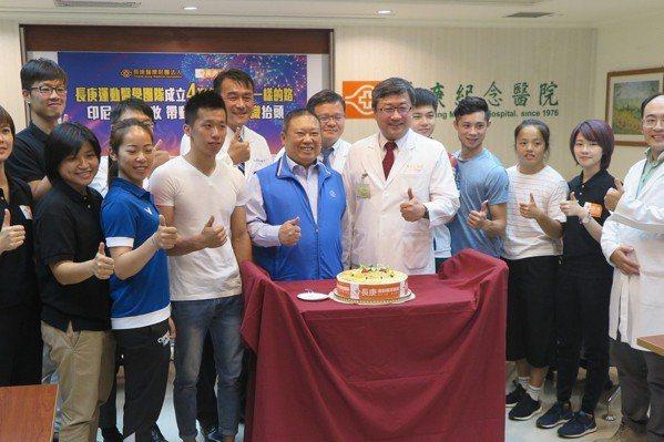 體操/感謝醫療團協助 李智凱:沒他們就沒這面金牌