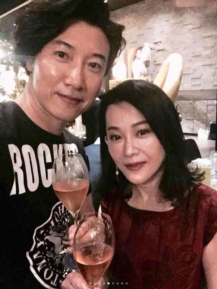 陳鴻(左)和邱于庭是多年舊識,兩人日前開心聚會。圖/摘自陳鴻臉書(  ※ 提醒您...