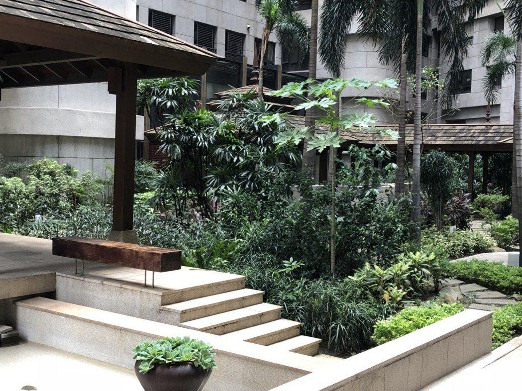 台中市「鄉林凱撒獲得台中市政府評選為2018年優良公寓大廈社區綠化獎,將在9月底...