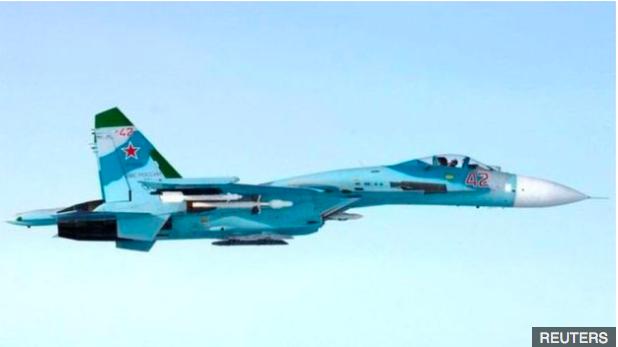 莫斯科派出1000架各式戰機參加演習,圖為2014年一架接近芬蘭領空的俄羅斯蘇2...