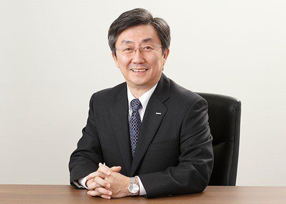 圖2 : 安川電機小笠原社長接受日本媒體訪問時表示,伴隨伺服類型產品與機器人的市...