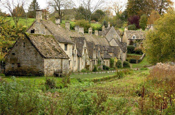 英格蘭 – 拜伯麗鎮。