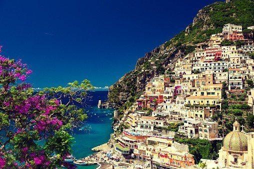 義大利 – 波西塔塔小鎮。