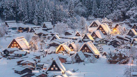 日本 – 白川鄉。