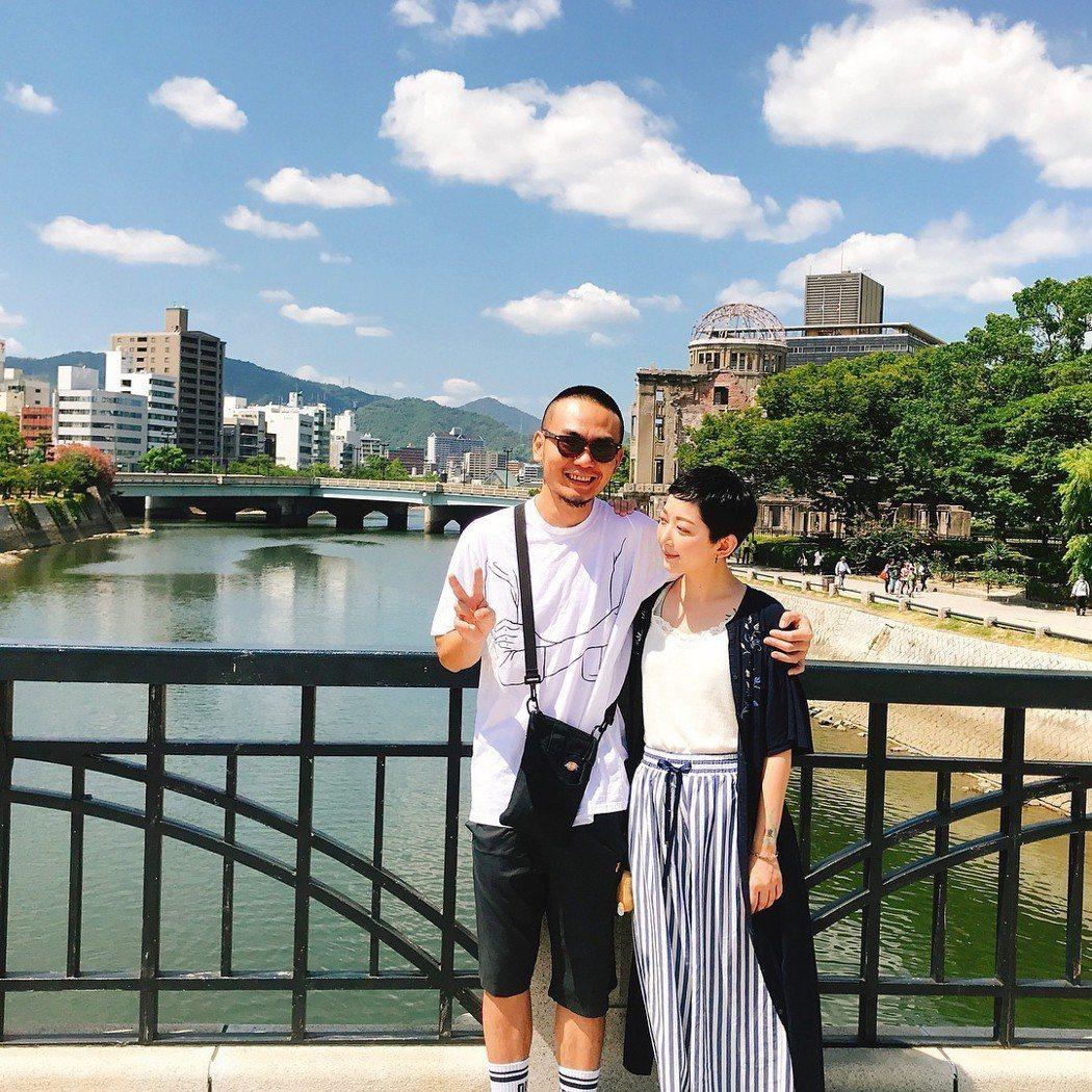 楊大正(左)跟山東日前到日本旅行。圖/摘自IG
