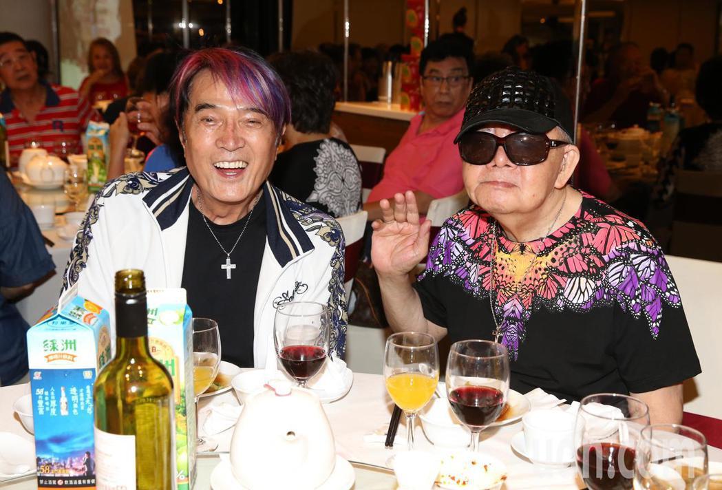 資深藝人林沖(左)林松義出席關懷資深藝人中秋餐會。記者林俊良/攝影