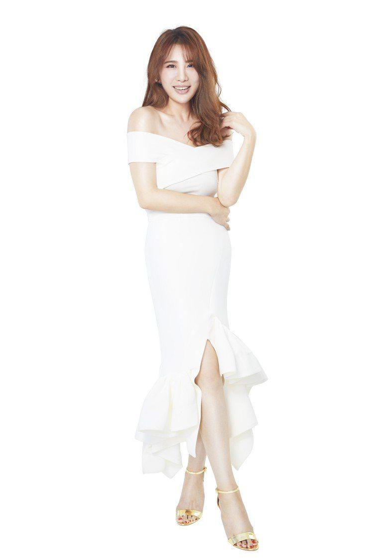 小禎成功瘦身40公斤,勤敷面膜是維持美麗臉龐的重要功臣。圖/W.SHOW提供