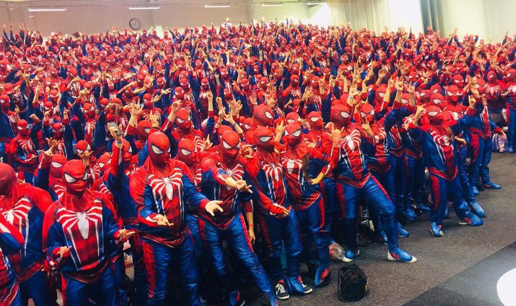 《漫威蜘蛛人》發行商SIE和漫威合作完成金氏世界紀錄。圖/截自推特