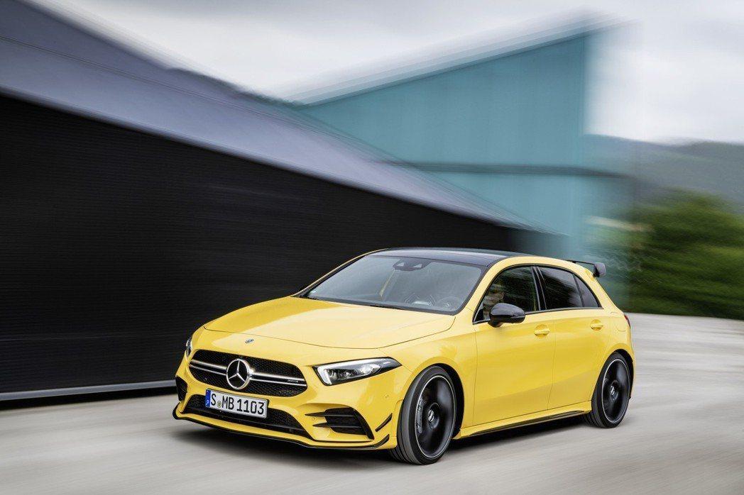 雖然沒有最新的48V EQ Boost輕油電技術,但A35的動力還是不錯的。 摘自Mercedes