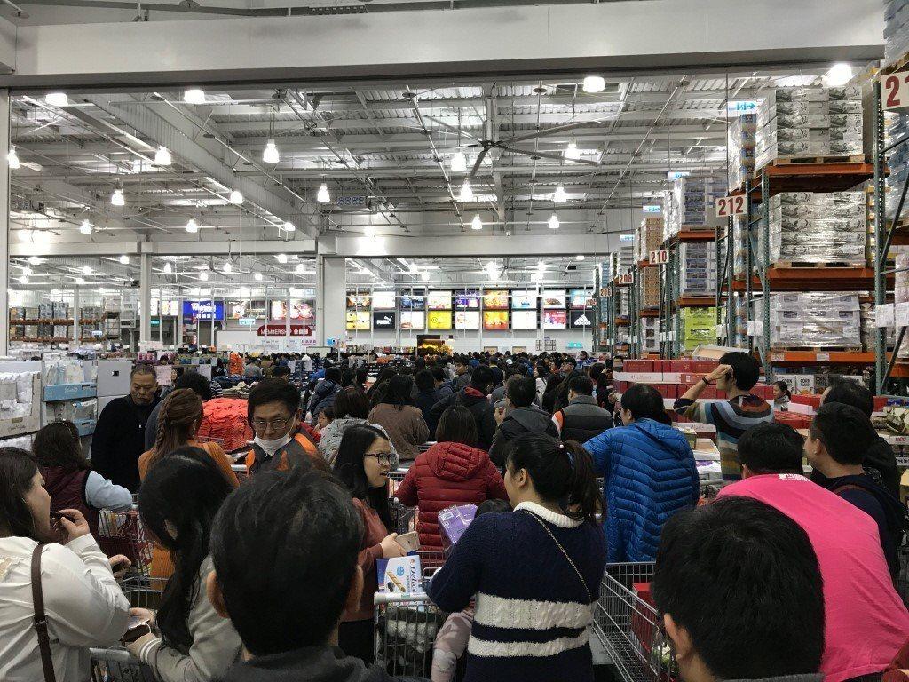 很多網友認為逛好市多像在巡倉庫 圖片來源/聯合報系 記者洪敬浤/攝影