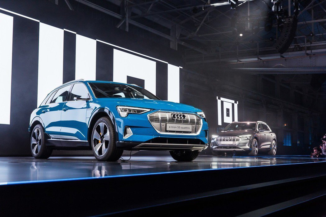 全新Audi e-tron為四環品牌首部量產純電動車。 摘自Audi