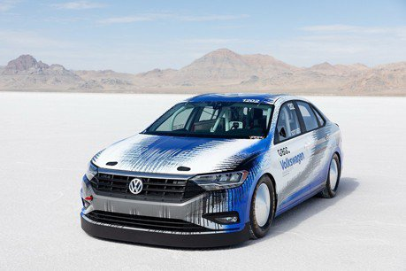 Volkswagen Jetta厲害了 創下338km/h陸地極速紀錄!