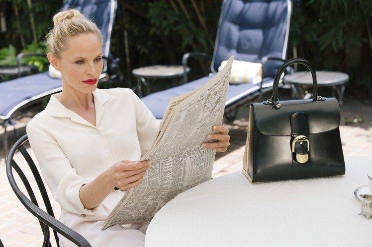 DELVAUX為旗下Le Brillant系列邁入第60周年,拍攝年度限定的Le...